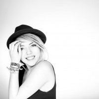 avatar for Ella Kronberger